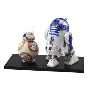 557 - Bandai Star Wars BB-8 and R2-D2
