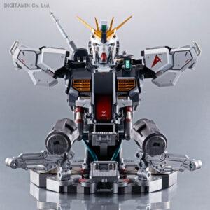 Formania EX Nu Gundam by Bandai
