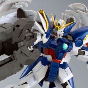 P-Bandai MG 1/100 Wing Gundam Zero Custom EW + Drei Zwerg (Special Coating)
